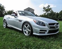 2016_Mercedes-Benz_SLK_300_ Lexington KY
