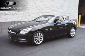 2016_Mercedes-Benz_SLK300_SLK 300_ Willow Grove PA