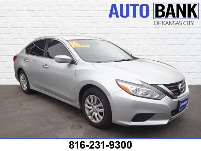 2016 Nissan Altima  Kansas City MO