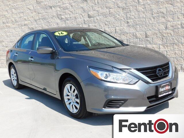 2016 Nissan Altima 2.5 S REDUCED PRICE Kansas City MO