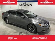 2016_Nissan_Altima_SV/heated seats/rear view camera/Bluetooth/USB_ Winnipeg MB