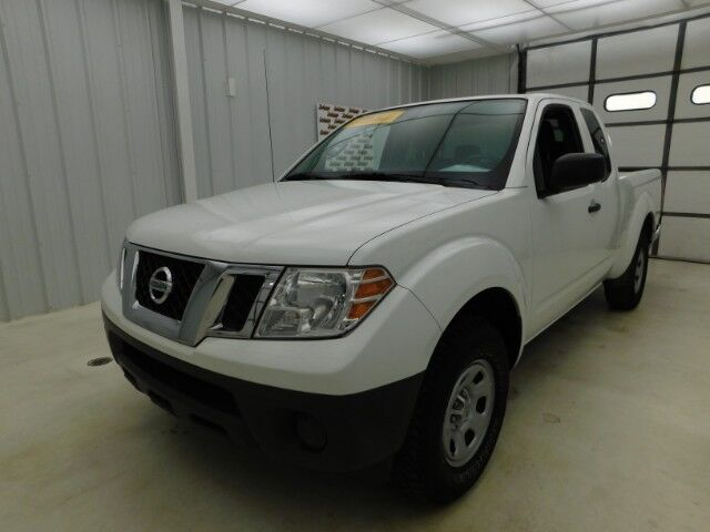 2016 Nissan Frontier 2WD King Cab I4 Auto S Manhattan KS