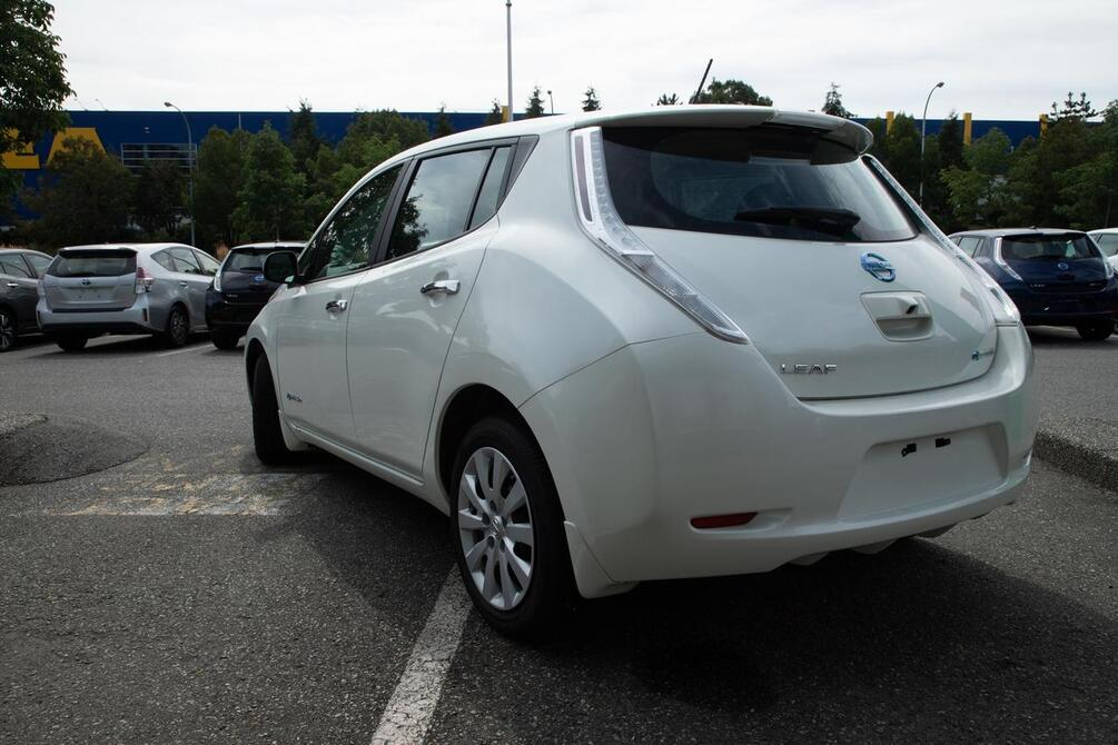 2016 Nissan Leaf S | Local BC Vehicle | No Accidents Coquitlam BC