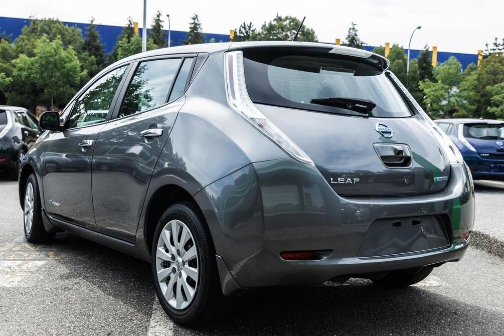 2016 Nissan Leaf S | Quick Charge Coquitlam BC
