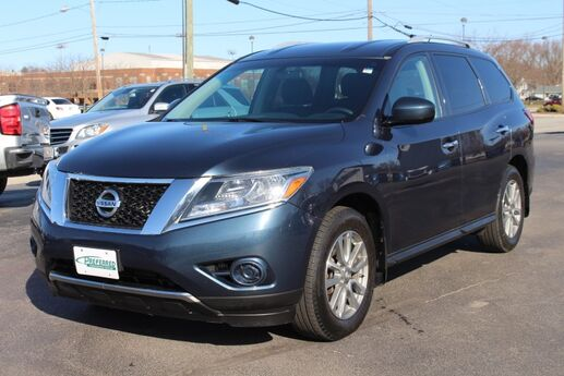 2016 Nissan Pathfinder S Fort Wayne Auburn and Kendallville IN