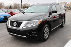 2016_Nissan_Pathfinder_S_ Fort Wayne Auburn and Kendallville IN
