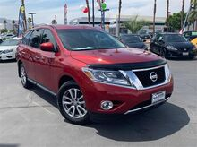 2016_Nissan_Pathfinder_SV_ Palm Springs CA