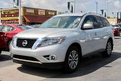 2016_Nissan_Pathfinder_SV_ Fort Wayne Auburn and Kendallville IN