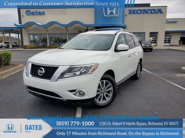 2016_Nissan_Pathfinder_SV_ Richmond KY