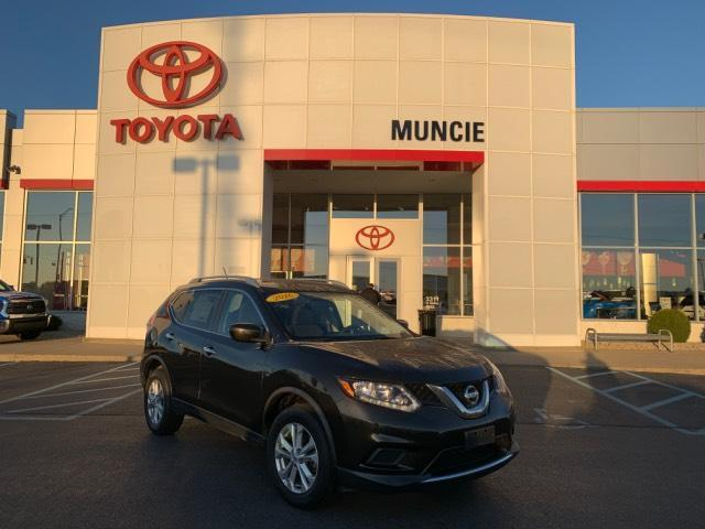 2016 Nissan Rogue AWD 4dr SV Muncie IN