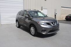 2016_Nissan_Rogue_S 1 Owner 2.5L Auto Warranty 33 MPG_ Knoxville TN