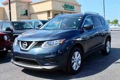 2016_Nissan_Rogue_SV_ Fort Wayne Auburn and Kendallville IN