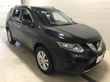 2016_Nissan_Rogue_SV_ Stevens Point WI