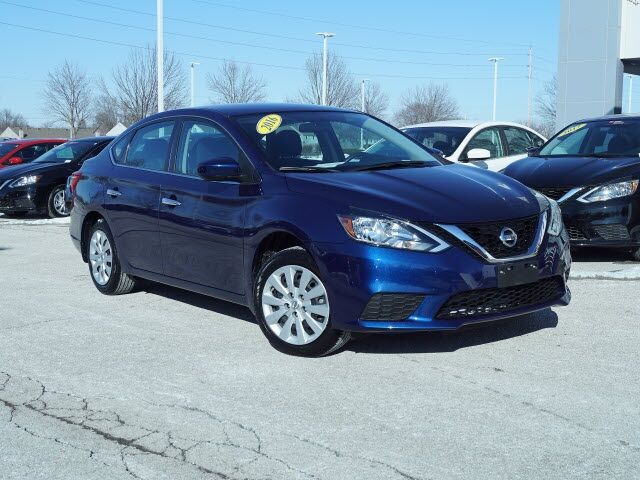 2016 Nissan Sentra S Lee's Summit MO