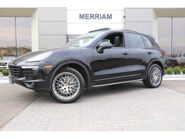 2016 Porsche Cayenne  Kansas City KS