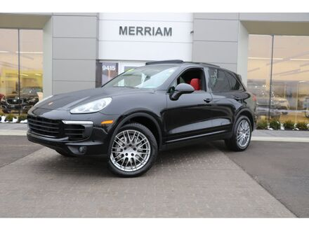 2016_Porsche_Cayenne_S_ Merriam KS