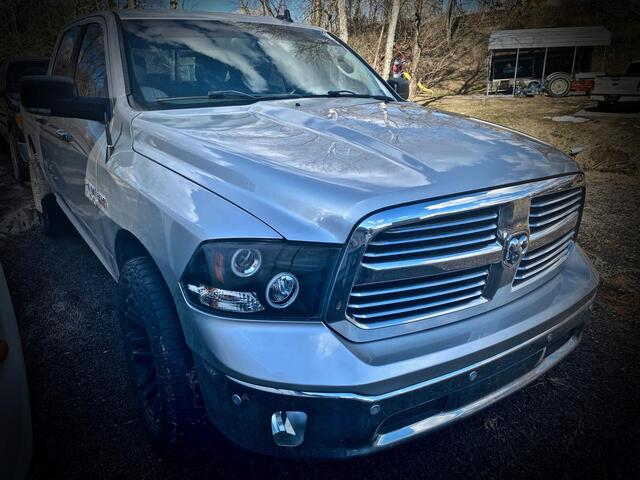 2016_RAM_1500 CREW CAB 4X4_BIG HORN_ Bridgeport WV