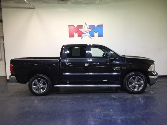 Vehicle details 2016 ram 1500 at motor mile kia for Motor mile chrysler dodge jeep ram christiansburg va