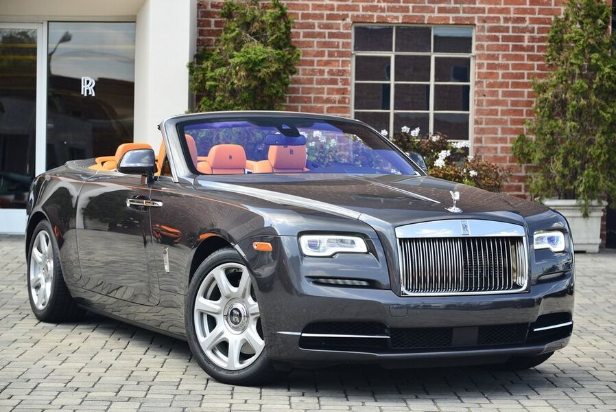 2016_Rolls-Royce_Dawn__ Beverly Hills CA