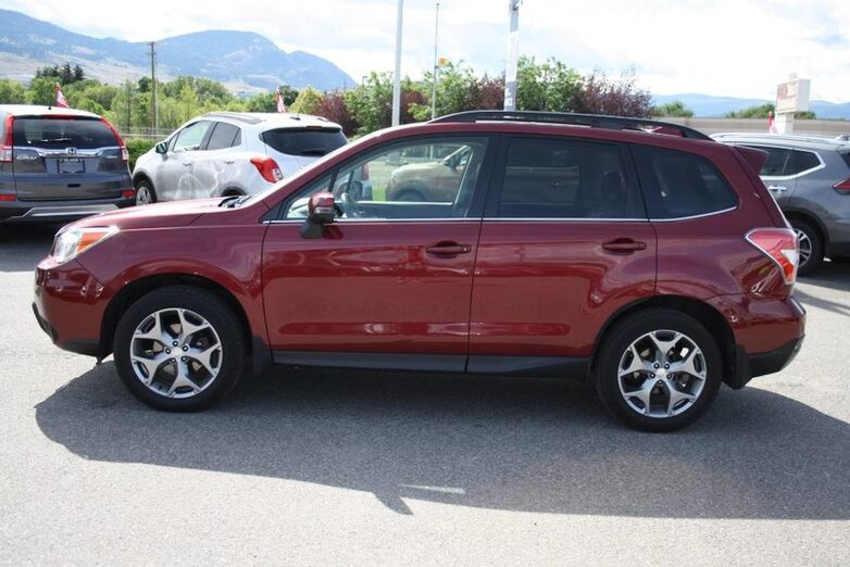 2016 Subaru Forester i Limited w/Tech Pkg No accident, One owner,Awd, Sunroof. Kelowna BC