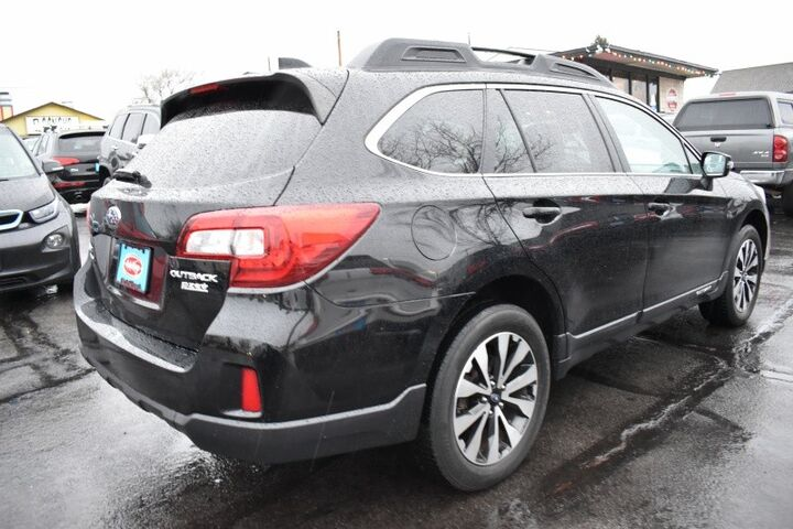 2016 Subaru Outback Limited PZEV Wagon Bend OR
