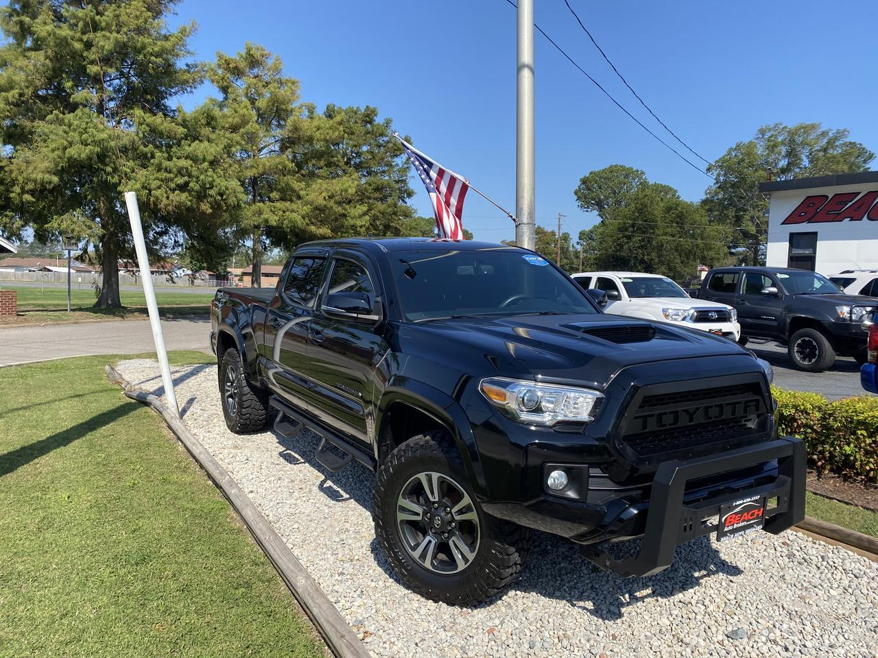 2016 TOYOTA TACOMA TRD SPORT DOUBLE CAB 4X4, WARRANTY, LONG BED, NAV, BLUETOOTH, BACKUP CAM, PARKING SENSORS, TOW PKG! Norfolk VA