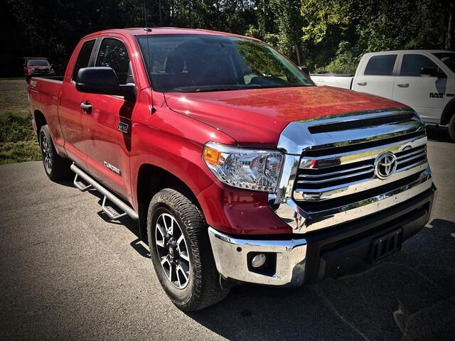 2016_TOYOTA_TUNDRA DOUBLE CAB 4X4_SR5 TRD OFF ROAD_ Bridgeport WV