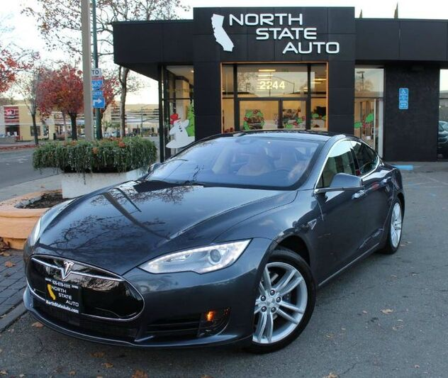 2016_Tesla_Model S_85d_ Walnut Creek CA