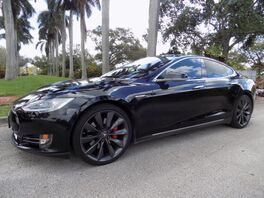 2016_Tesla_Model S_P90D_ Hollywood FL