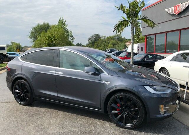 2016 Tesla Model X P90D 1 Owner $140,170 msrp