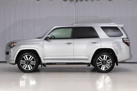 2016_Toyota_4Runner 4WD_Limited 7-Passenger_ West Chester PA