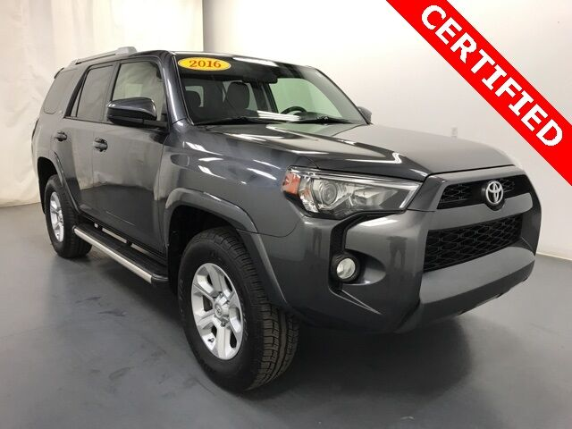 2016 Toyota 4Runner SR5 4WD w/ 3rd Row Seating Holland MI