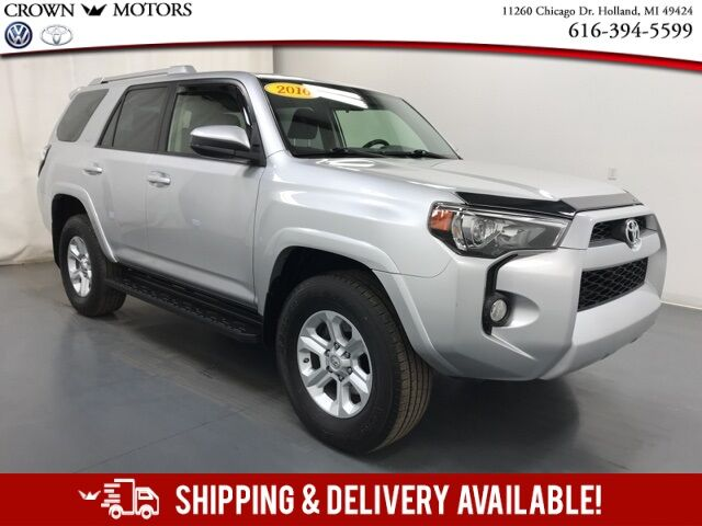 2016 Toyota 4Runner SR5 4WD w/ Third Row Seating Holland MI
