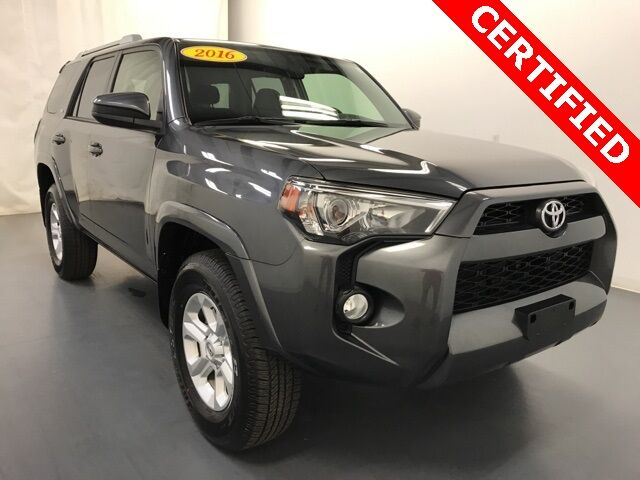 2016 Toyota 4Runner SR5 w/ Third Row Seating Holland MI