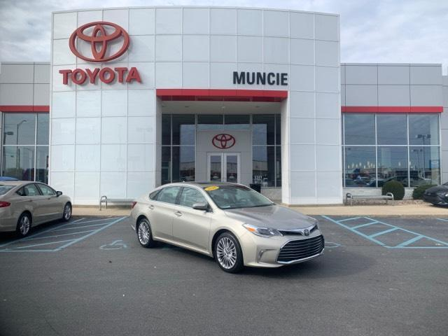 2016 Toyota Avalon 4dr Sdn Limited Muncie IN