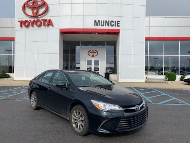 2016 Toyota Camry 4dr Sdn I4 Auto XLE Muncie IN