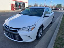 2016_Toyota_Camry Hybrid_LE_ Decatur AL