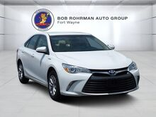 2016_Toyota_Camry_Hybrid LE_ Fort Wayne IN