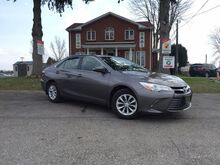 2016_Toyota_Camry_LE-Clean Carproof-$71/Wk-RearCam-Bluetooth-AUX/USB_ London ON