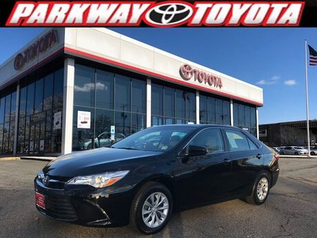 2016 Toyota Camry LE Englewood Cliffs NJ
