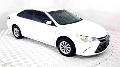 2016_Toyota_Camry_LE_ Euless TX