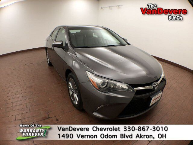 2016 Toyota Camry SE Akron OH