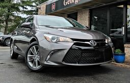 2016_Toyota_Camry_SE_ Georgetown KY