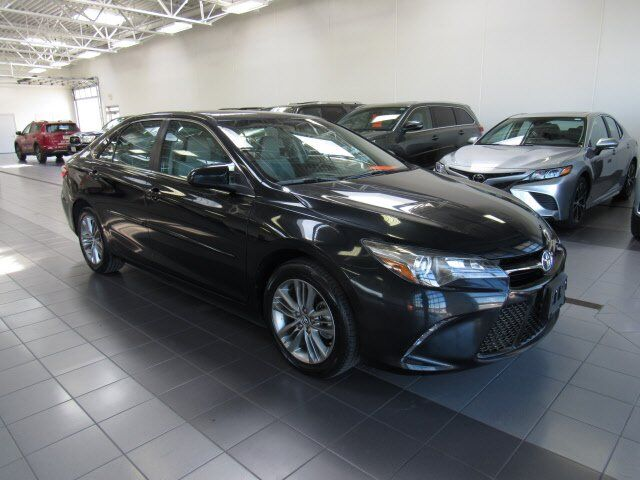 2016 Toyota Camry SE Green Bay WI