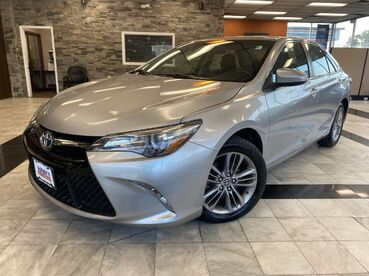 2016_Toyota_Camry_SE_ Worcester MA