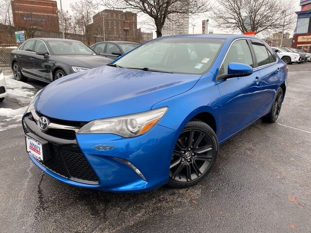 2016 Toyota Camry SE w/Special Edition Pkg Worcester MA