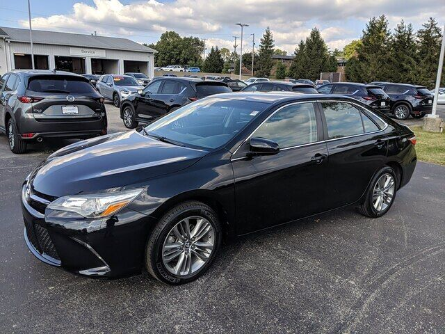 2016 Toyota Camry XLE Bloomington IN