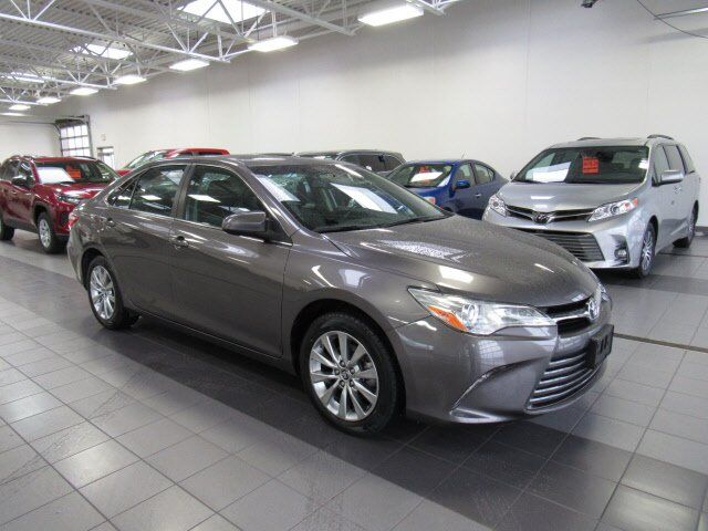 2016 Toyota Camry XLE Green Bay WI