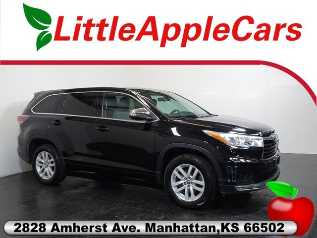 2016 Toyota Highlander LE Manhattan KS