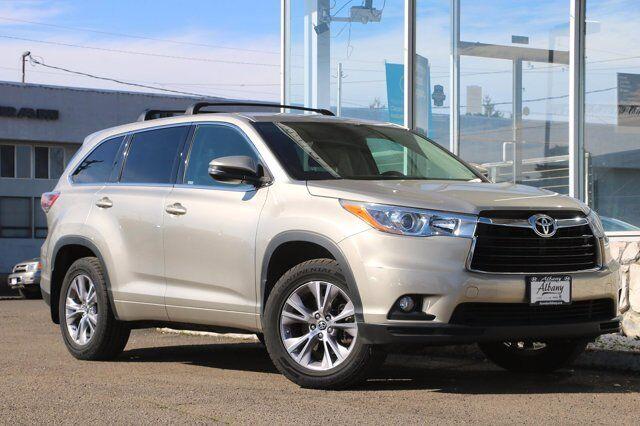 2016 Toyota Highlander LE Plus Albany OR